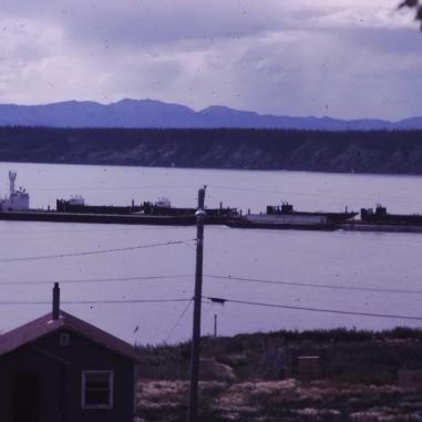 Barge supply handling