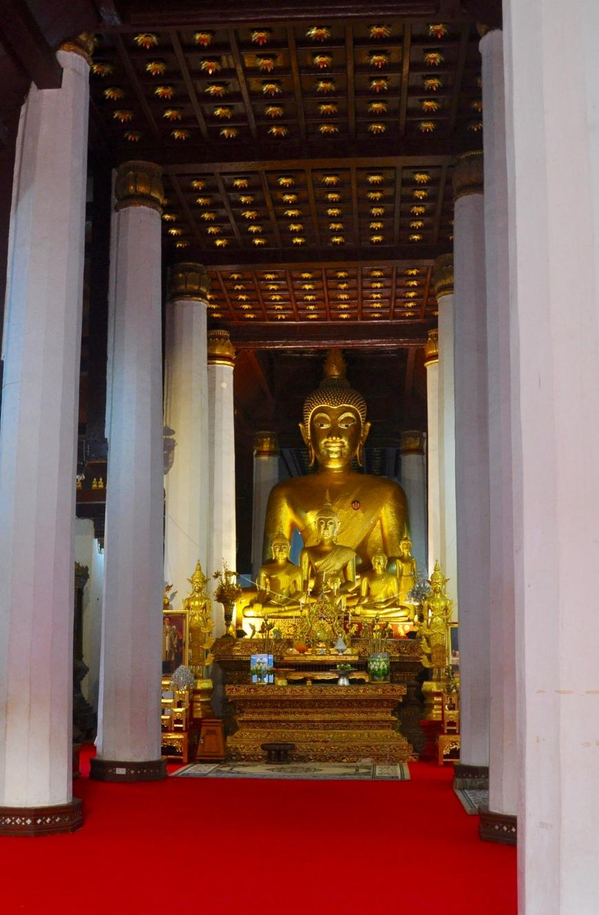 historic buddha image
