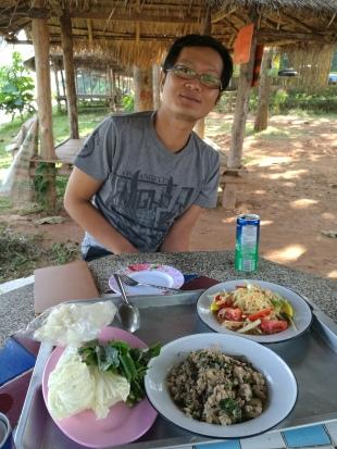 somtum, larb & sticky rice